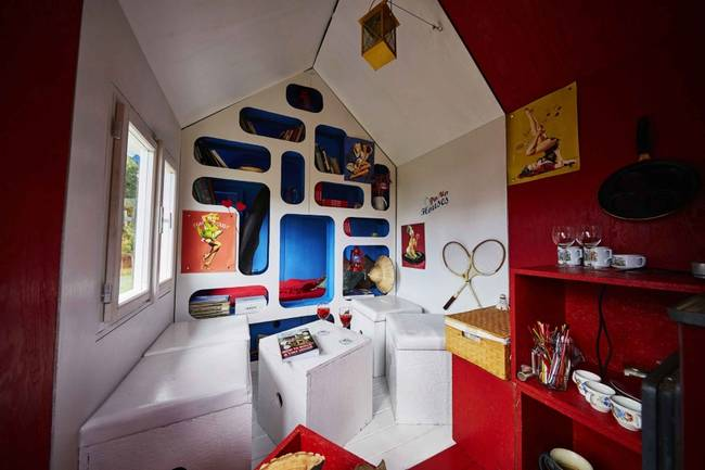 france-tiny-house-interior-jpg-650x0_q70_crop-smart